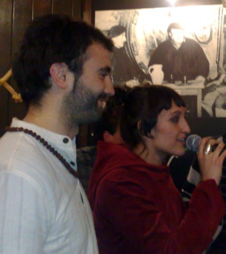 Altzako Ipotx Taberna. 2009-04-22. Jon Martin eta Uxue Alberdi.