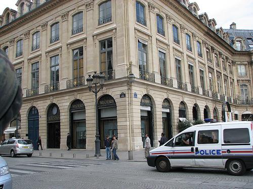 MathTeacherGuy cc/Parisen atzeman dute ustezko ETA-kidea