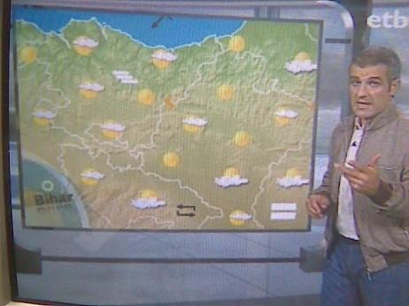 Andoni Aizpuru, ETBko eguraldiaren mapa berriarekin, lehen aldiz.