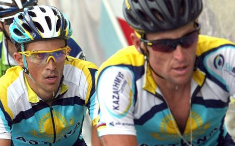 Amstrong eta Contador Tourra irabazteko faborito bi.
