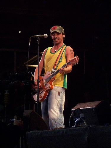 Manu Chao kontzertuan, by Surprise truck, Flickr
