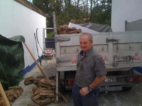 Andres Arbelaitz bere kamioiarekin. cc-by-sa: hec