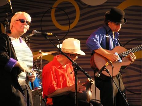 Spikedrivers blues taldea etorriko da besteak beste