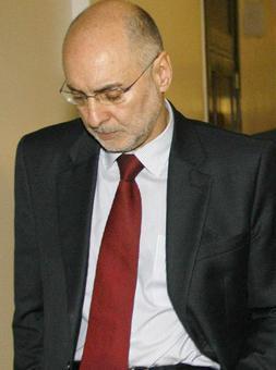 Rodolfo Ares Madrilera bidean da, Noticias taldeak dioenez