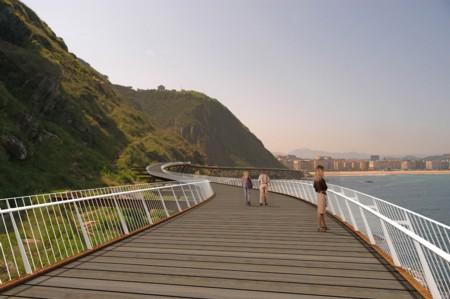 Monpas - Monpaseko paseabide aereoaren alde -Donostian-