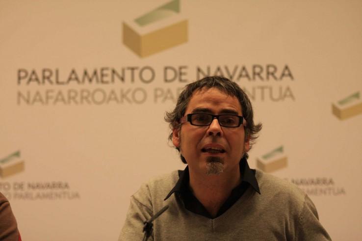 Nafarroako-Parlamentua-20120127