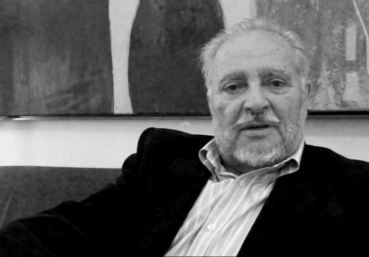 """Julio Anguita: """"Gobernuko sektore batzuk Amabirjinaren bati ariko dira errezatzen ETAk atentatu dezan"""""""