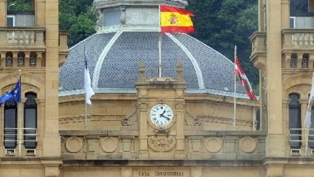 bandera-espanola-donostia_1