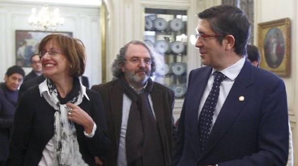 PP-PSOEren oinordekotzaren itzal luzeaz