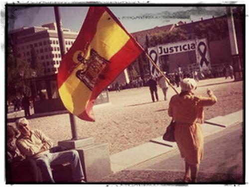 Aitite Manuelek ez du Madrilgo manifestazioa ikusi
