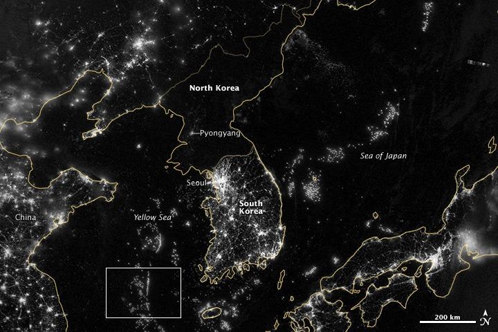 north-korea-south-korea-outlined