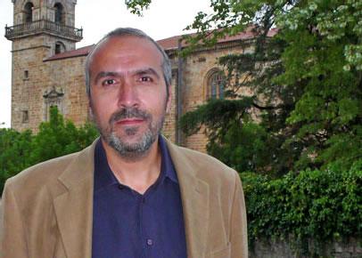 Alberto Santana historialariaren bisita gidatua