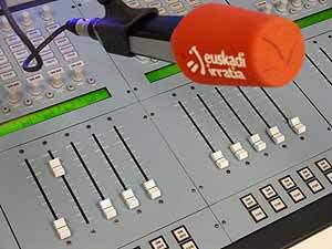 Xabier Olano Euskadi Irratian, (mute) salaketa