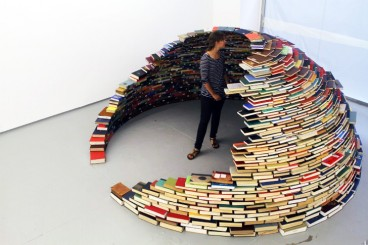 miler-lagos-book-igloo