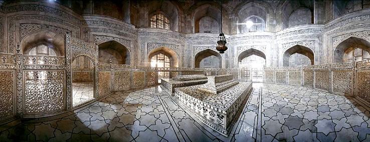 India82-Taj-Mahal-Inside