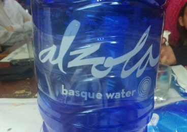 "Alzola ""basque water"""