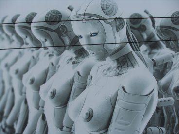Eta robot batekin ezkonduz gero?