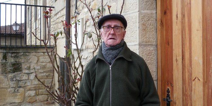 Koldo Larrañaga hil da, euskaltzale handia