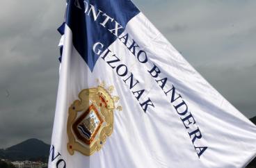 Nork brodatu (behar) du Kontxako bandera?