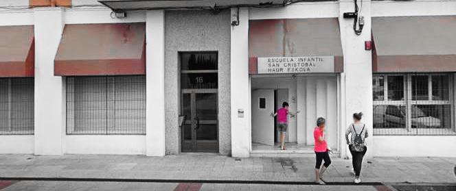 Antsoaingo Udal haur-eskolan alaba euskaraz ezin hezi