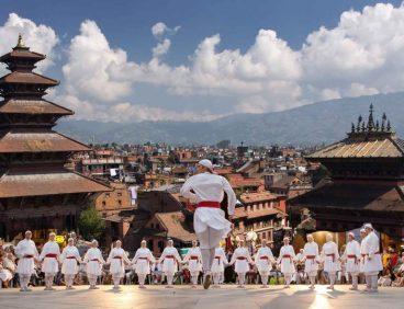 Euskal dantzen eskola Katmandun