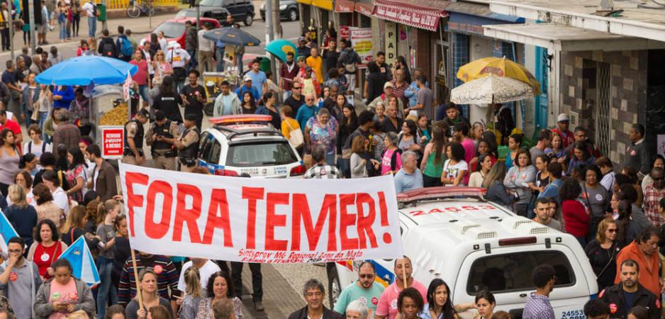 Urriaren 7an Brasilen faxismoak irabaz ez dezan