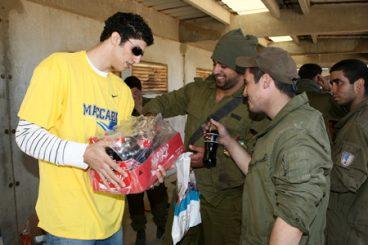 Maccabi, gerra makineriaren kate maila