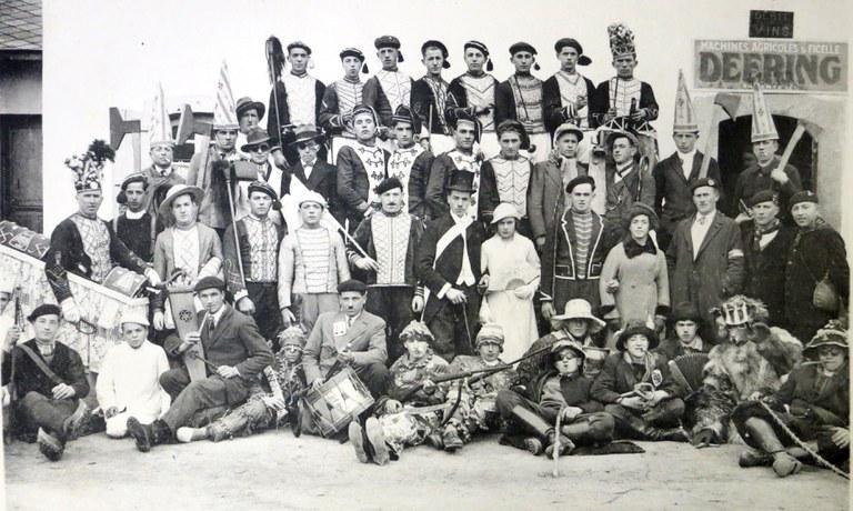 Akademizismora konbertituak, kolonialismo kulturalaren borreroak
