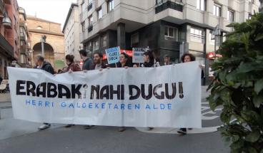 """BIDEOA: Durangarrok """"Erabaki nahi dugu!"""""""
