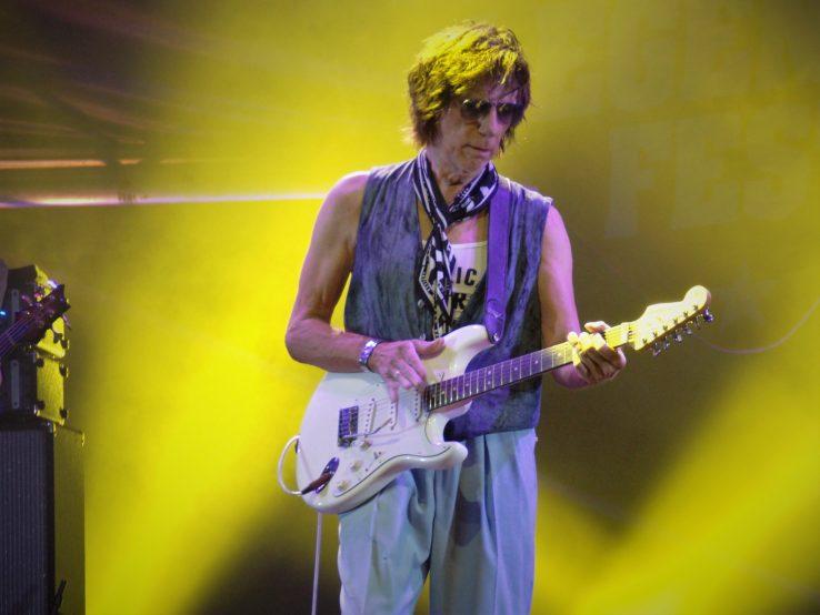 """Aizu Jeff Beck, eta """"clavijero"""" hori? (nrtz)."""