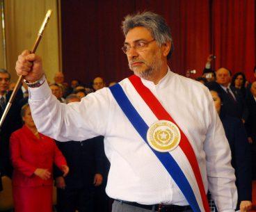 Paraguay, agintaria makilarekin. Argazkia: Fernando Lugo Mendez CC BY-NC-SA