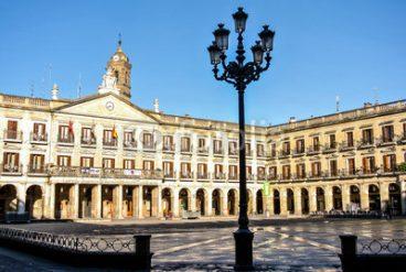 Gasteizen ala Madrilen ote gaude?