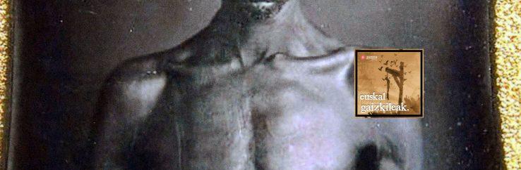 Itsaso zikin bat