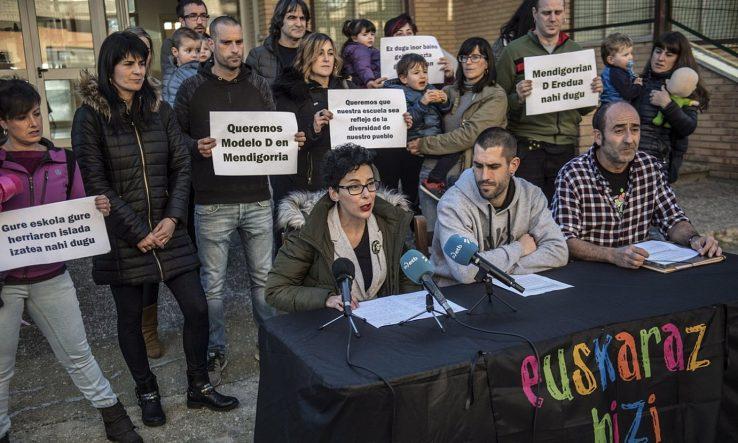 Mendigorria: PSNren lubakia euskara geldiarazteko