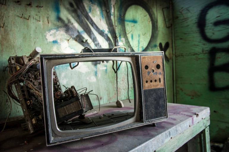 ETB0: euskarazko telebista publikoak aldaketa behar du