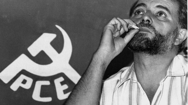 """Julio Anguita: """"Bizi dugun askatasun txikien gizarte eskas hau arriskuan balego, fusila hartuko nuke"""""""
