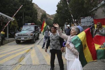 Europar Batasunak Boliviako subiranotasunaren aurka izandako esku-hartzea gaitzesten dugu