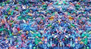 Erabilera bakarreko plastikoak debekatzear daude