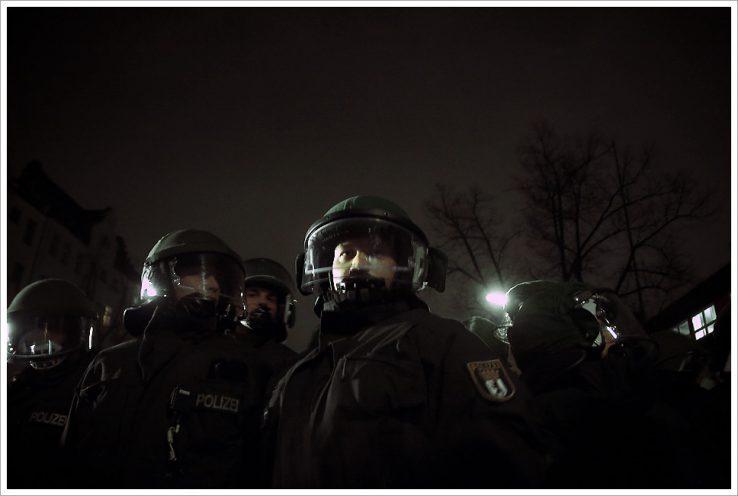Polizia sindikatuei buruzko eztabaida munduan