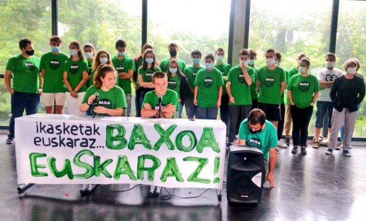 Desobedientzia ekintza baxoan: berrogei ikaslek euskaraz erantzun dute filosofiako azterketa