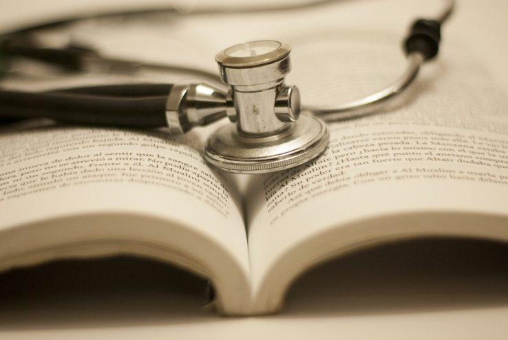 Medikuntza fakultate eleaniztuna