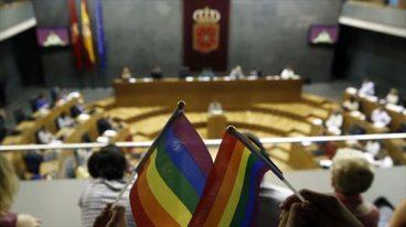 LGTBI+ legea: maribistako ez da deustako