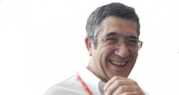 Patxi Lopez, atzo Lehendakari gaur presidente Lopezen hitzei segika