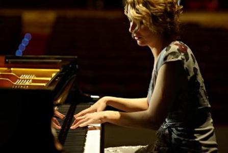 Judith Jauregi: pianoa aurrez aurre eta etorkizuna parez pare