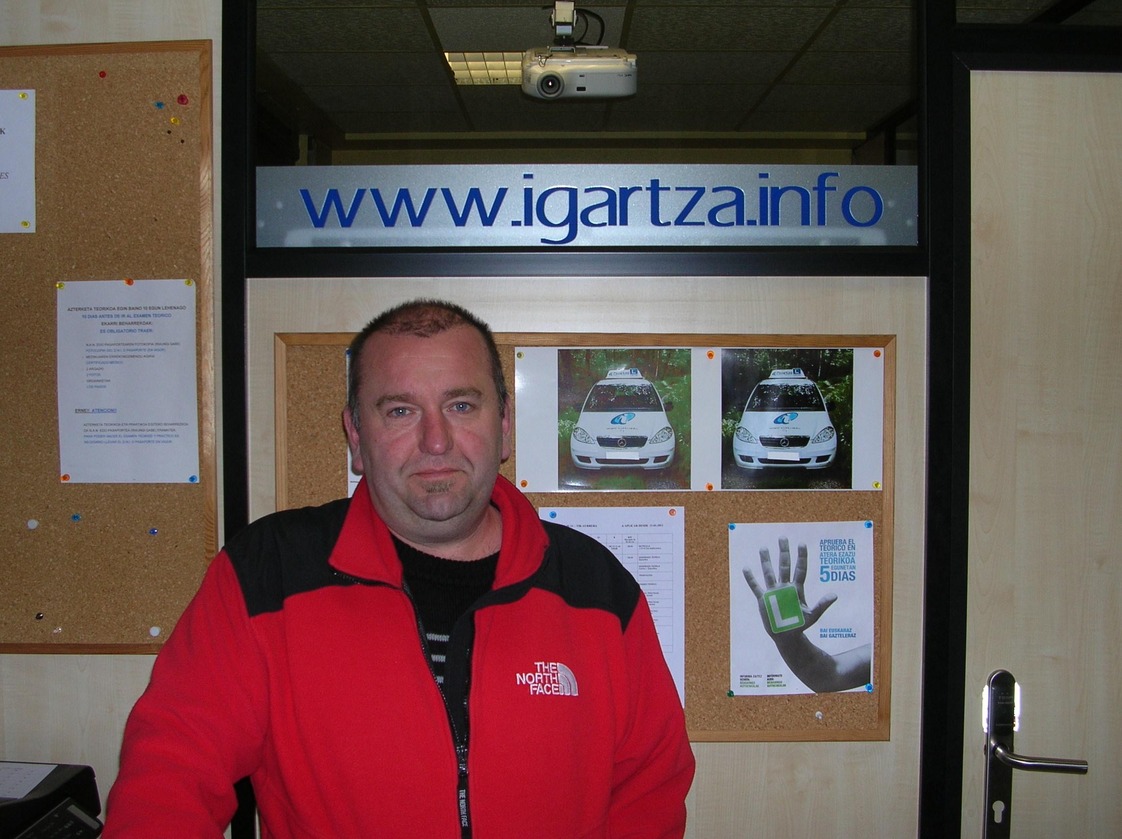 Joxe Luis Iturriotz, Igartza autoeskolan