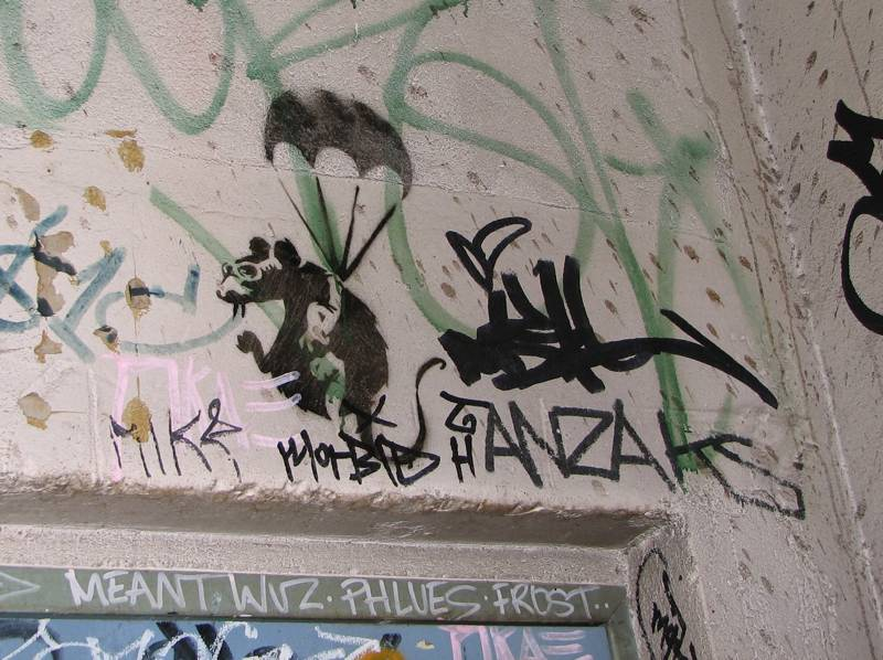 Banksyren arratoi marrazki hau ezabatu dute Melbournen