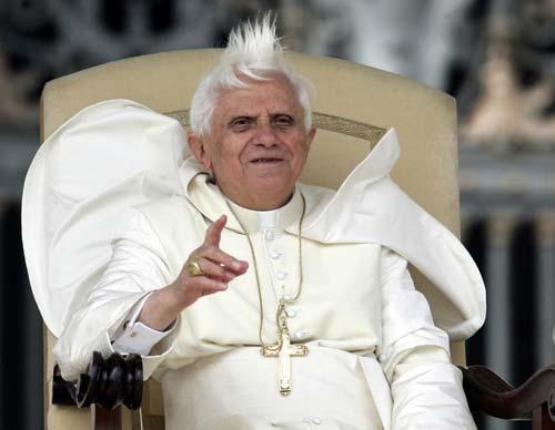 Ratzingerrek bihar aterako duen liburuan dakartza adierazpen hauek