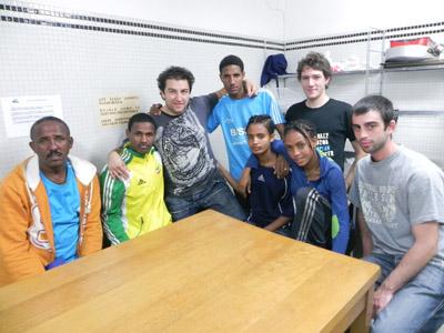Etiopiako korrikalari gazteak, Etiopia Utopia fundazioko kideekin