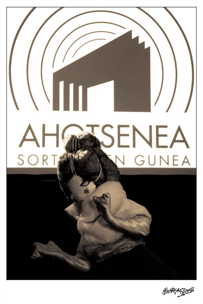 ahotsenea